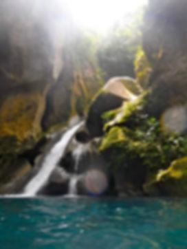 Bassin Bleu pic 01 HIGH SATU.jpg