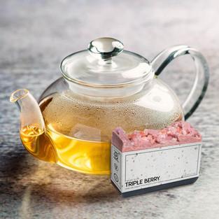 berry teapot.jpg