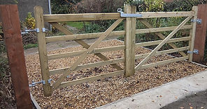 Larch five-bar gate