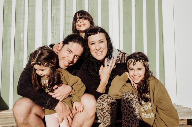 little-wild-hearts-family-photography-li