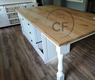 kitchen island.jpg