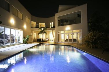 contemporary Caribbean pool