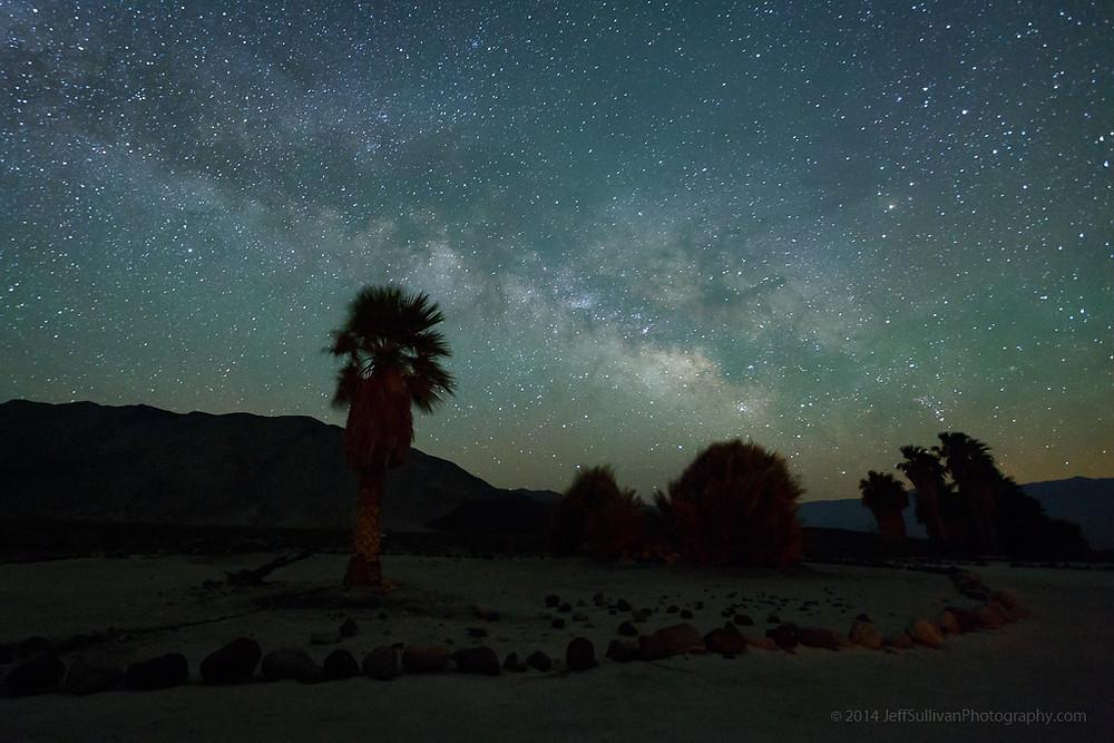 光のソムリエ第161回「闇の色に注目する」メイン画像ー夜空