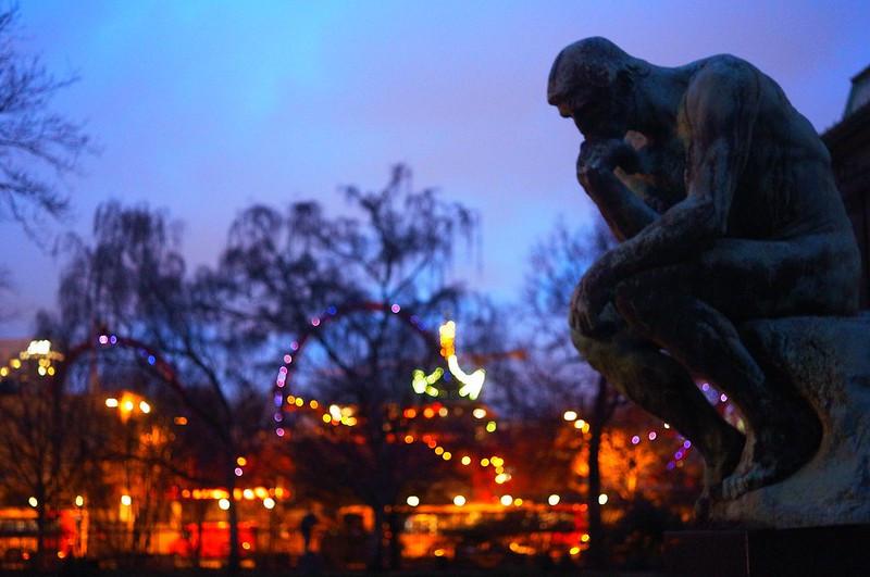 街の色は人の心と共に