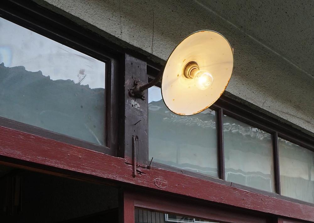 光のソムリエ123回_玄関口の門燈