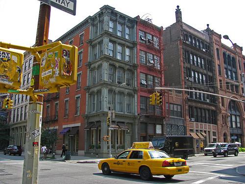 光のソムリエ第32回「ニューヨーク、3つの出逢い」メイン画像ーニューヨークの街角