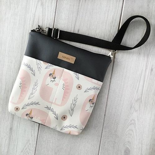 torebka dla dziewczynki ekoskóra (jednorożec na białym tle)
