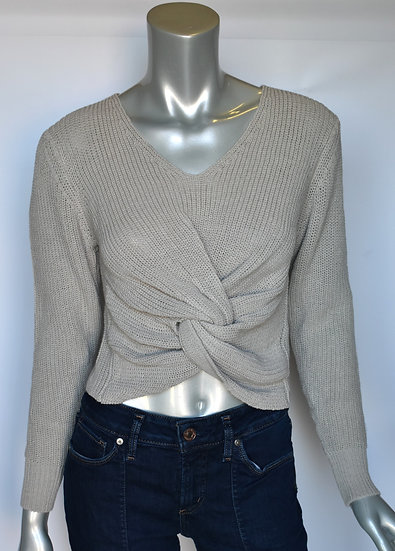 Twist front cropped sweater