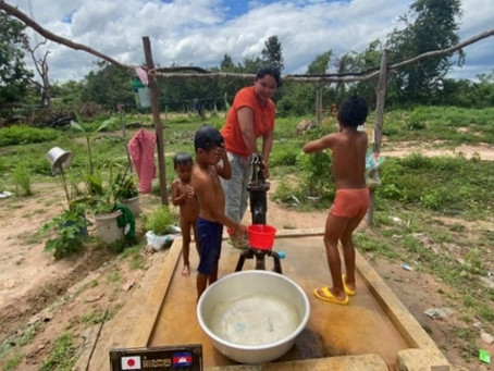 T様のご支援による小型井戸が完成しました(ペアッスノータマイ村 )