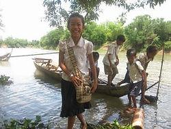 村の子供達.jpg