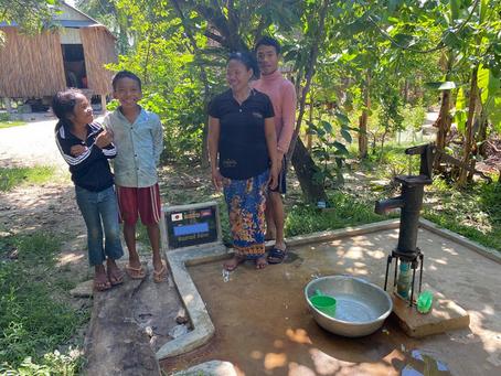 M様のご支援による小型井戸が完成しました(スクン村ホンジさん)