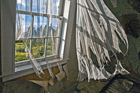 Tattered Curtains   (P382.jpg)