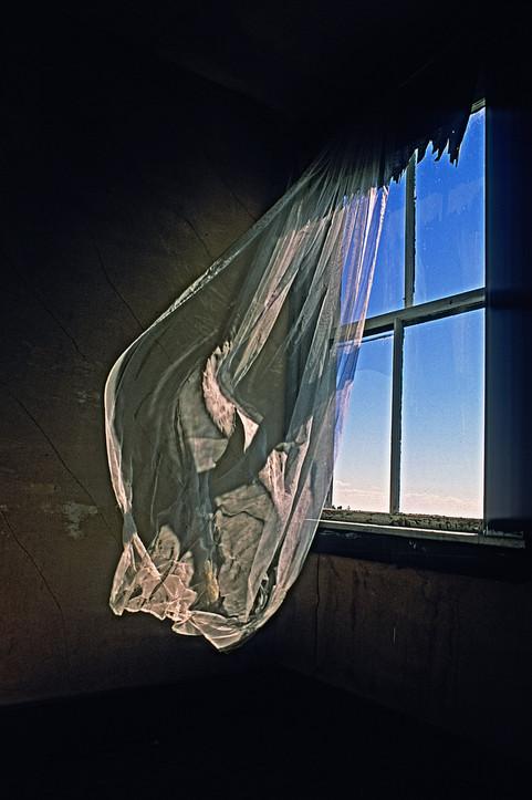 Blowing Curtain   (P417.jpg)