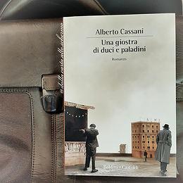 RECENSIONE: Una giostra di duci e paladini (Alberto Cassani)
