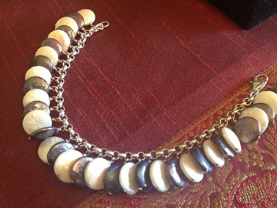 Genuine Coin Pearl B/W Bracelet
