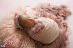 newborn felt & hat #6.jpg