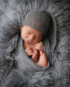 newborn flokati & wraps (19).JPG