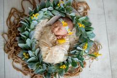 newborn wreath #5.jpg