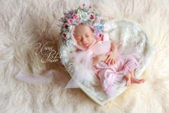 NEWBORN  floral bonnets #1 (43).jpg