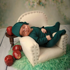 newborn sofa chair #15.jpg