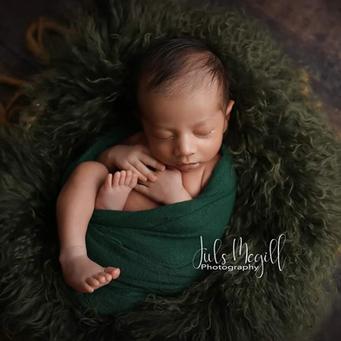 newborn flokati & wraps (1).PNG