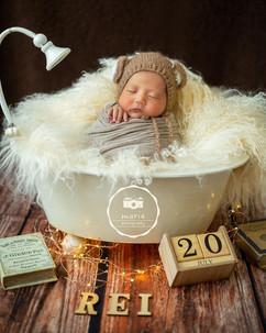 newborn bathtub #9.jpg
