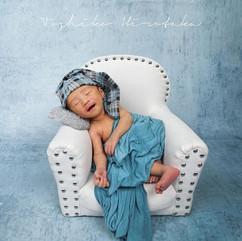 newborn sofa chair #13.jpg
