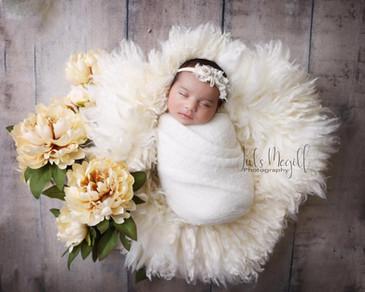 newborn flokati & wraps (4).JPG