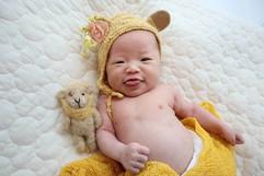 newborn felt & hat #4.jpg