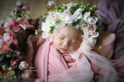 NEWBORN  floral bonnets #1 (25).jpg