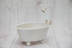 newborn bathtub (1).jpg