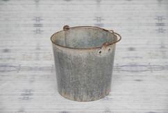 newborn bucket #1 (3).jpg