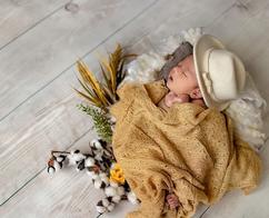 newborn hat #3.webp