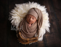 newborn flokati & wraps (10).JPG