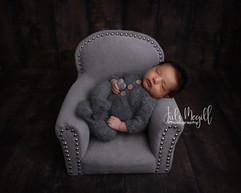 newborn sofa chair #5.jpg