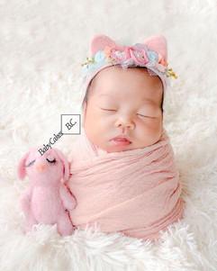 newborn felt & hat #1.jpg