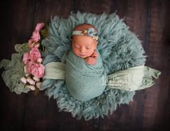 newborn flokati & wraps (34).JPG