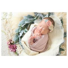 newborn wreath #2.jpg