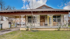 903 s Ayers Ave, Fort Worth, Texas, 76103