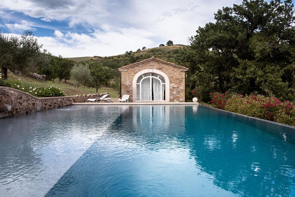 baiocco-villas-swimming-pool2LOW.jpg
