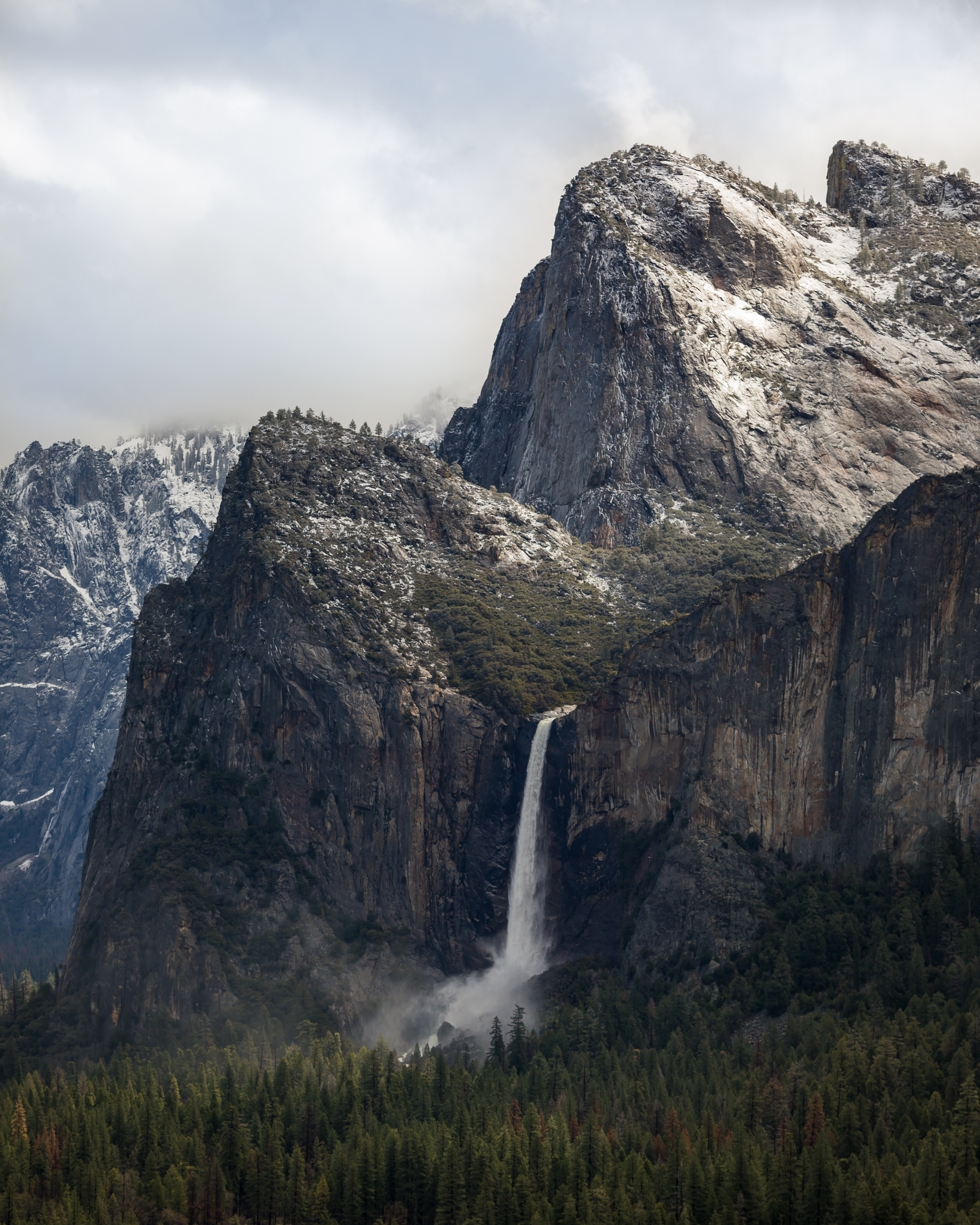 Tunnel View Fall