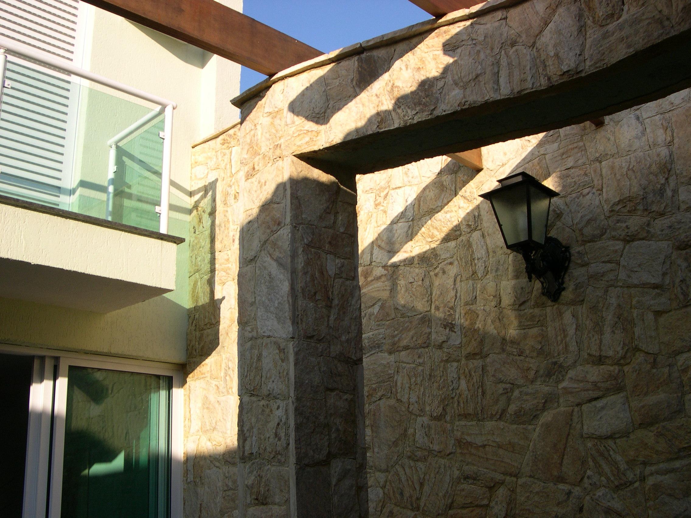 parede pedra madeira (04)