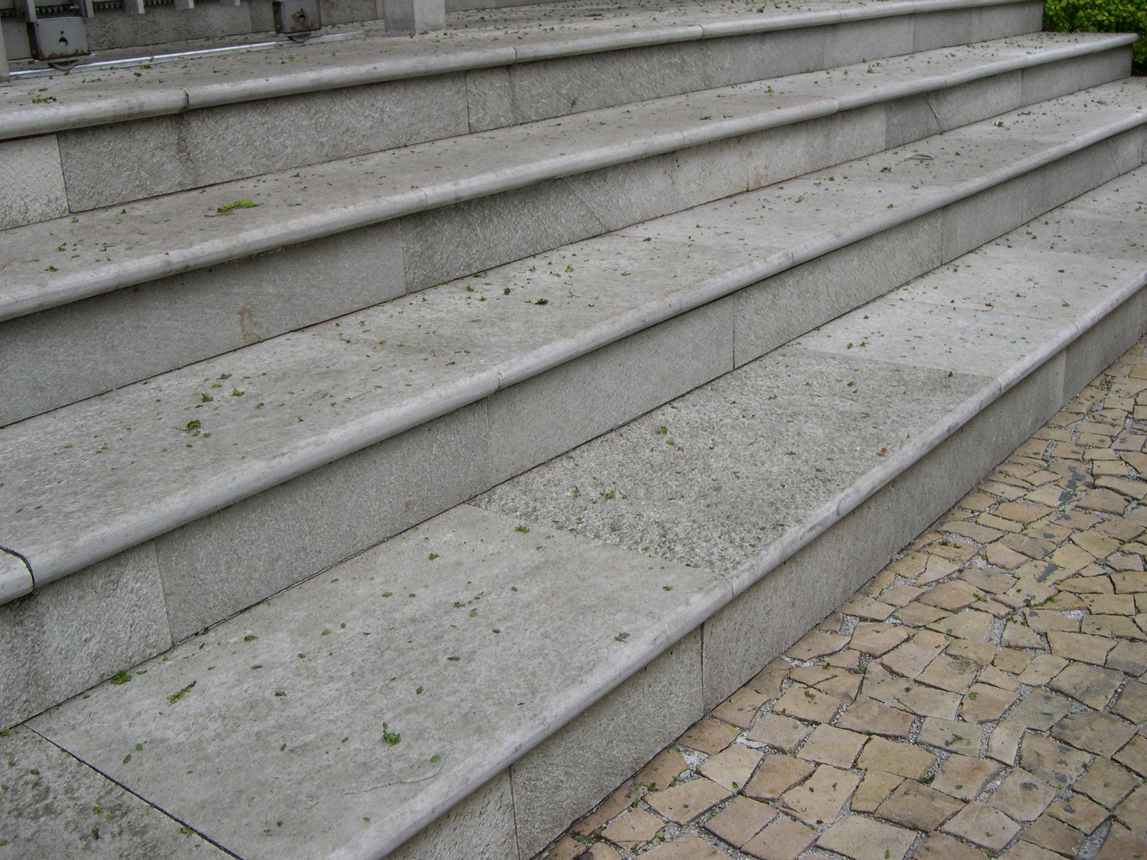 escada de pedra goiás