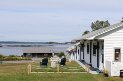 Friars Bay Inn and Cottages