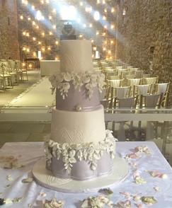 wisteria cake.jpeg