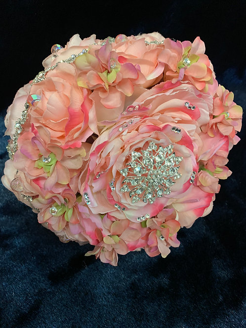 Quinceanera Rose Flower Bouquet Embellished with Crystals and Brooches for Bride