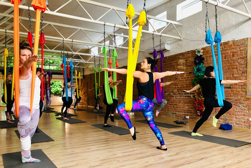 HATHA Camiyoga oro joga aerial yoga kaun