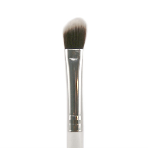 eco/vegan angled eyeshadow blender brush