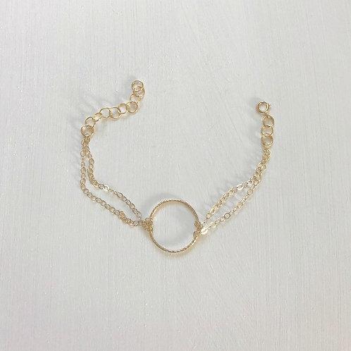 Luana Circle Bracelet