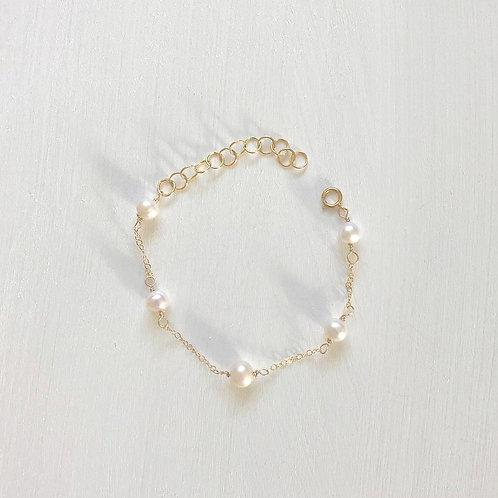 Malina 5-pearl Bracelet